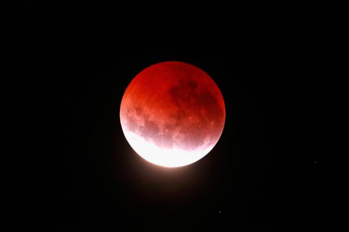 Luna roja luna de sangre